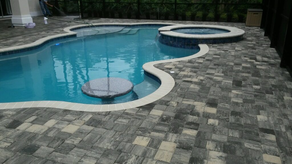 Built by Martin Pools. inc (11)