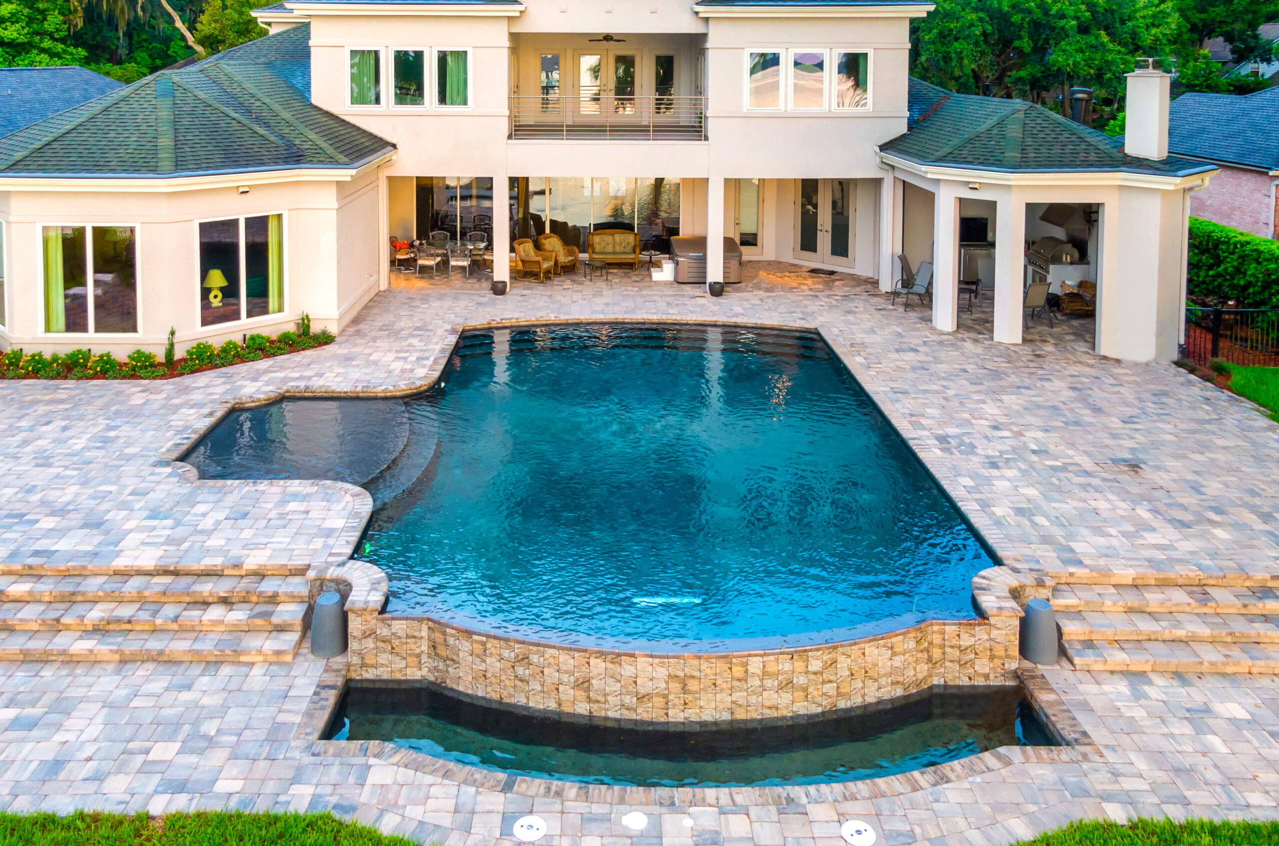 Negetive edge Custom Pool